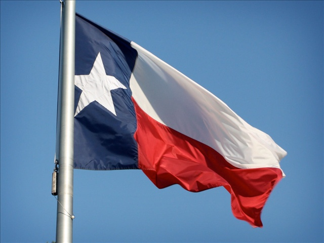 TexasFlagMGN_1429280359786.jpg