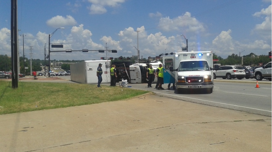 OVERTURNED 18WHEELER dylan_1469641974752.jpg