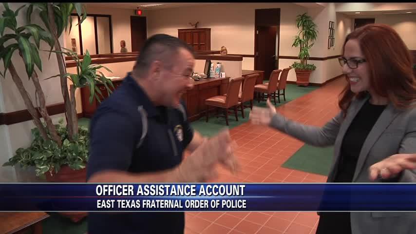 Banks helps Fraternal Order of Police_71380541-159532