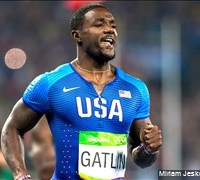 USA men's 4x100 team disqualified