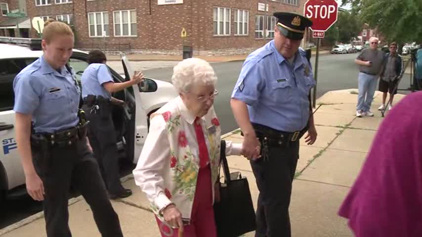 102 Year Young Woman Arrested_42974550-159532