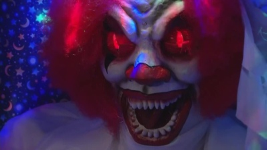 Officials issue pre-Halloween clown warning_89162179-159532