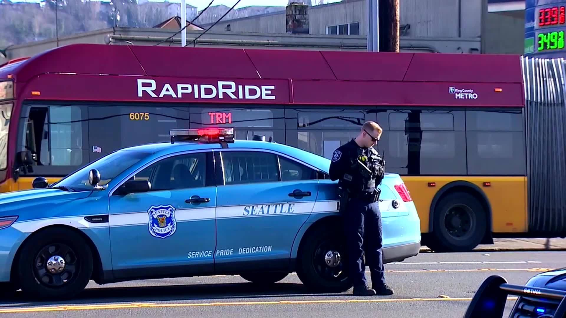 88-year-old bus passenger is pushed and responds with gunfire