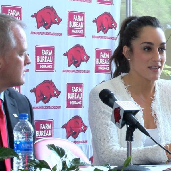 Jordyn_Wieber_Introduced_As_Arkansas_Gym_0_20190425231523-60106293-60106293