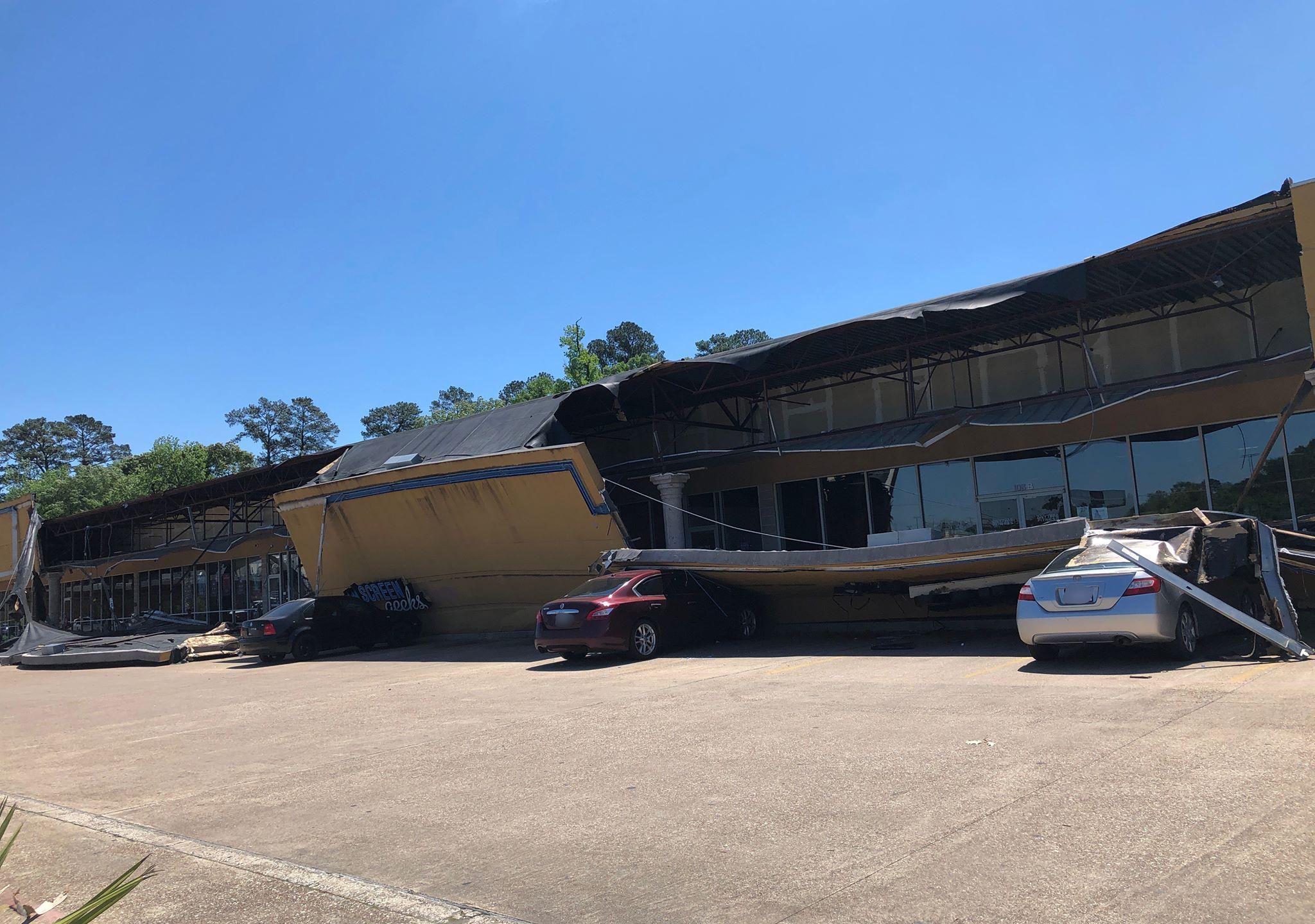 lufkin shopping center collapse-4_1555269213267.jpg.jpg