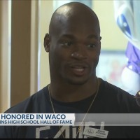Adrian_Peterson_inducted_into_Texas_High_0_20190505223555