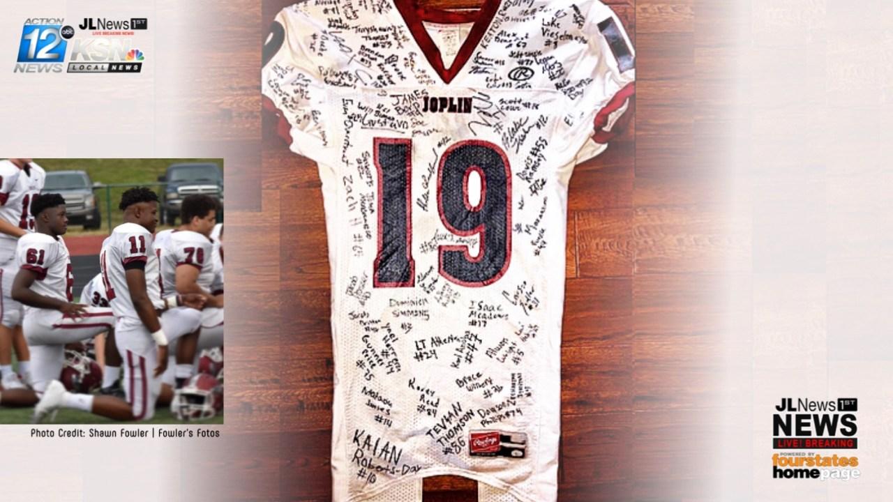 Missouri high school football player dies after collapsing