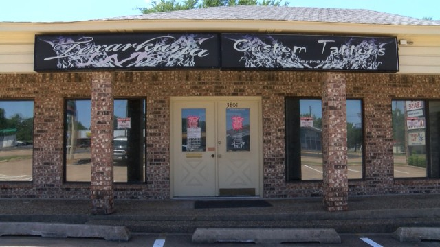 East Texas Tattoo Shop Owner Frustrated He S Not Allowed To Reopen Yet Ketk Com Fox51 Com